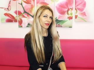 Gloria_Blondy webcam