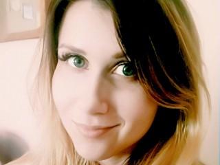 MonicaMorante free nude cam